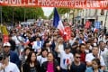 Protesters demonstrate in Paris in 2016 to ask for protection measures, following the death of tailor Zhang Chaolin. Photo: AFP