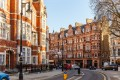 The classic red brick building in Mayfair, London beckons Chinese property buyers as Brexit uncertainty evaporates. Photo: Shutterstock