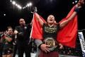 Zhang Weili celebrates her strawweight win at UFC Shenzhen. Photos: Brandon Magnus/Zuffa LLC