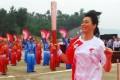 Pei Jiayun joins the 2008 Beijing Olympics torch run when it arrives Hubei Province. Photo: Hangout