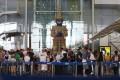 European passengers wait in line at Thailand's Suvarnabhumi international airport on Wednesday. Photo: EPA-EFE