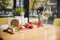 Rules are made to be broken. A sommelier suggests wine pairings based on molecular science. Photo: Shutterstock