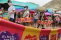 Visitors queue to get into Ocean Park on Saturday. Photo: Sam Tsang