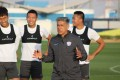 Iranian-American Afshin Ghotbi talks to his Shijiazhuang players during a training session. Photos: SJZ