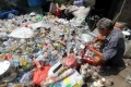 Indonesia generates 6.8 million tonnes of plastic waste each year. Photo: EPA