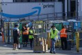 Employees at an Amazon warehouse in Hawthorne, California. Photo: Los Angeles Times / TNS