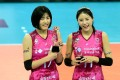South Korean women volleyball twin stars Lee Jae-yeong, left, and Lee Da-yeong of the Heungkuk Life Insurance Pink Spiders. The two were suspended from the national team over allegations of school bullying. Photo: AFP