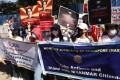 Protesters gathered outside Singapore's embassy in Yangon on February 13. Photo: RFA Burmese