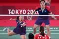 Hong Kong's Tang Chun-man and Tse Ying-suet (left) take on China's Zheng Siwei and Huang Yaqiong in the semi-finals of the badminton mixed doubles at the Tokyo Olympics. Photo: Xinhua