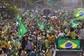 Supporters of Brazilian President Jair Bolsonaro in Rio de Janeiro. Photo: DPA
