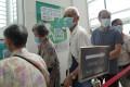 City residents queue for a coronavirus jab. Photo: Sam Tsang