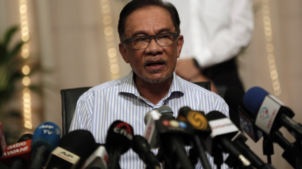 Malaysian politics: Anwar Ibrahim nominated by main opposition bloc as candidate for PM