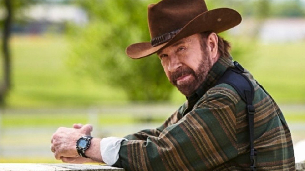 US martial arts legend Chuck Norris under fire for joining gun company