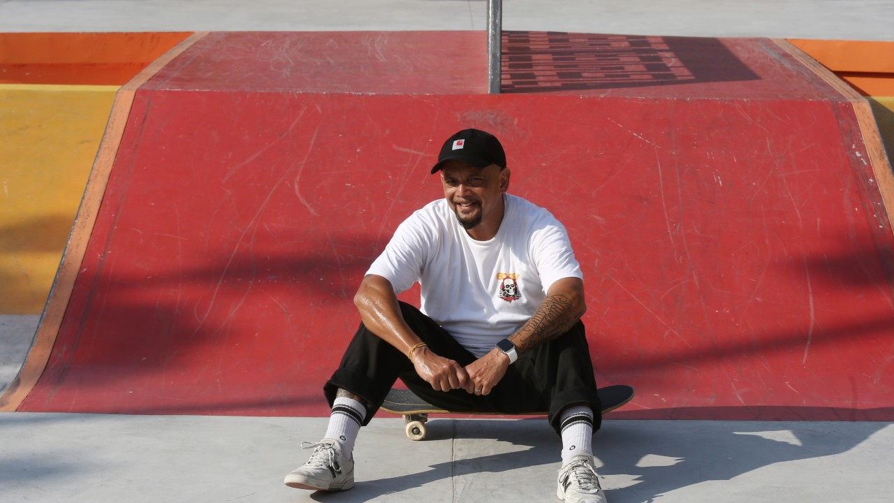 Lung cancer survivor, a skateboarding fanatic, has anti-smoking message for fellow boarders, and others