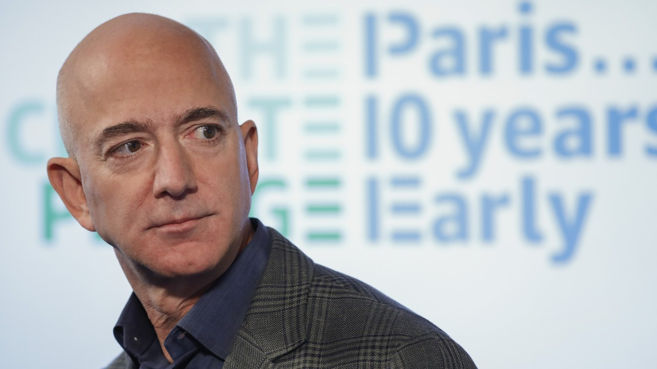 Jeff Bezos drops US$165 million on a Beverly Hills mansion – so what does he get for that?
