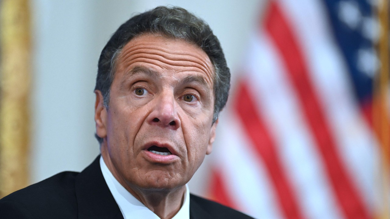 , [:en]New York governor Andrew Cuomo backs down on plan to choose lawyer to evaluation alleged sexual misconduct[:], Laban Juan