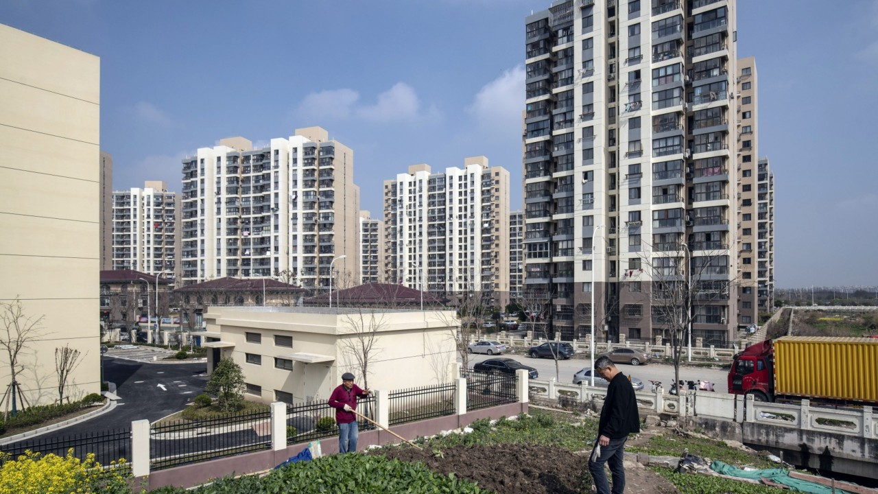China's major property sales brokers will drive small agents out of business amid surge in fundraising, says Fitch