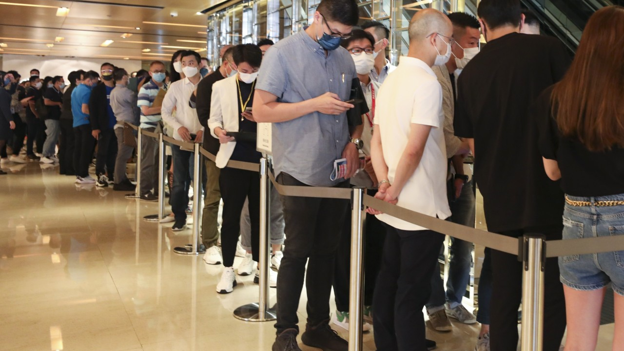 Hong Kong's home buyers pile in, posting another bumper sales weekend en route to a record month in September