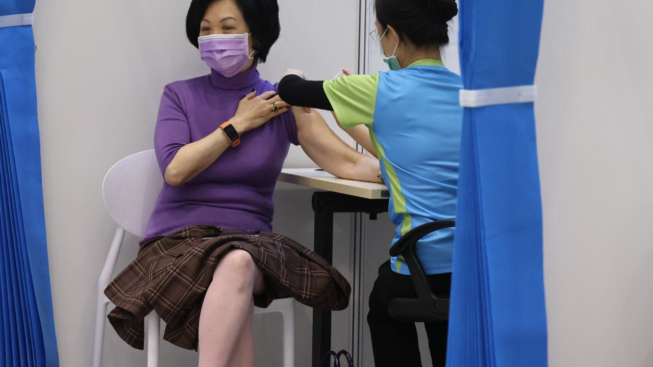 Coronavirus Hong Kong: top government advisers join study on effects of third vaccine jab