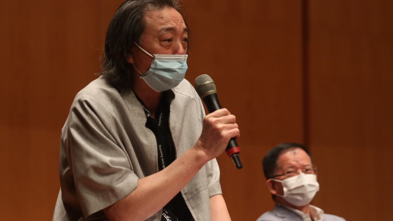 Hong Kong columnists call for probe into hospital's treatment of award-winning writer who died in 'excruciating pain'