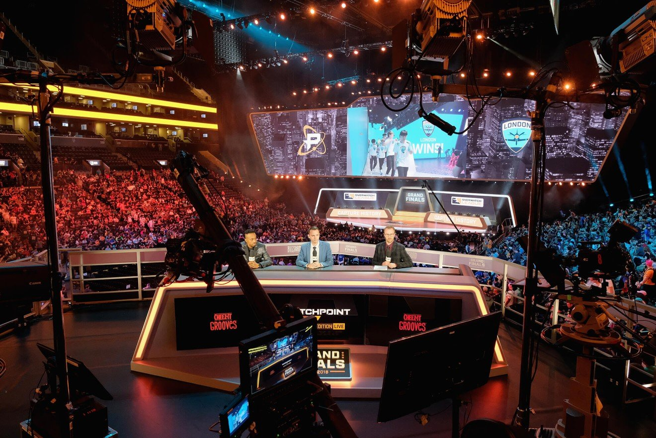 Overwatch, Fortnite and Ninja win big at the Esports Awards