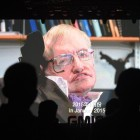 Stephen Hawking mourned by Chinese netizens