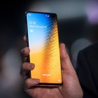 Chinese users say Samsung's Galaxy S10 phones have overheating issues