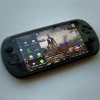 MOQI i7s is a PS Vita-like gaming phone for a niche audience