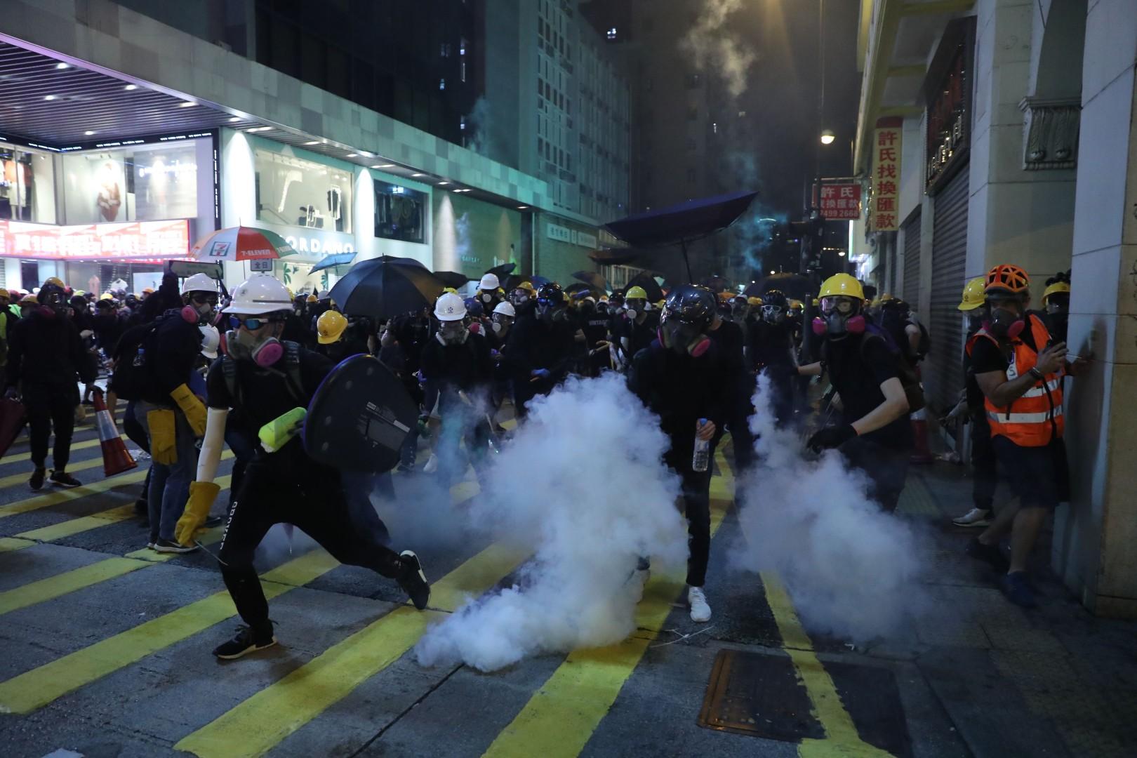 As it happened: How Hong Kong police fired tear gas in Tsim Sha Tsui