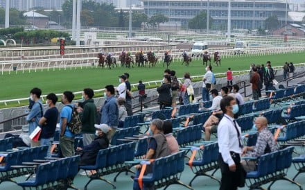 Fans begin to return to Sha Tin as Covid-19 restrictions ease. Photos: Kenneth Chan
