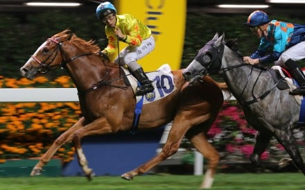 Matthew Poon salutes the crowd as he wins on Flat Heaven. Photos: Kenneth Chan