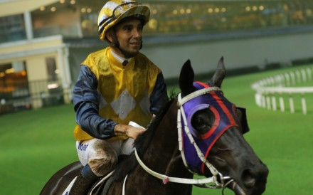Joao Moreira returns on Waldorf after winning the final event of the night, capping off a four-timer at Happy Valley. Photos: Kenneth Chan