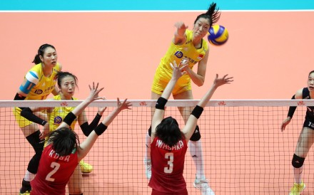 China's Zhu Ting spikes against Japan in the FIVB Women's Volleyball Nations League. Photos: K. Y. Cheng