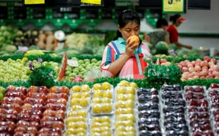 Are you a banana or an apple? Which fruit describes you as a runner. Photo: Reuters