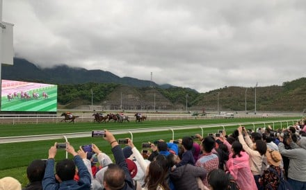 Fans embrace the first official race meeting at Conghua. Photos: Kenneth Chan