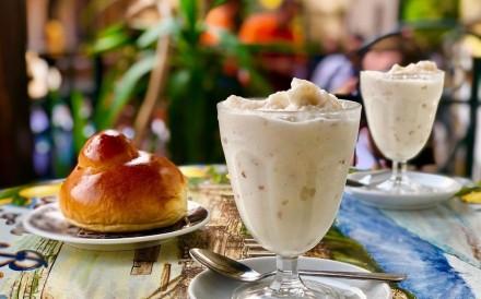 "Known as ""snow burgers"", Granita is eaten like a sandwich –stuffed and spread inside a huge round brioche bun as if it were butter or jam. Photo: Instagram/jopec"