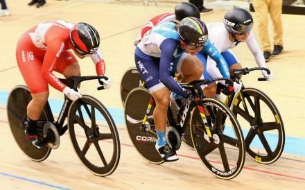 Sarah Lee (in blue) on her way to bagging gold in the women's keirin final at the Asian track championships in Jincheon, South Korea. Photos: HKCA