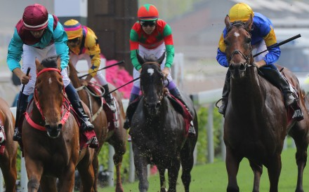 Beat The Clock (left) beats Santa Ana Lane in the Group One Chairman's Sprint Prize. Photos: Kenneth Chan