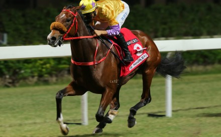 Joao Moreira guides Playa Del Puente to victory at Happy Valley on Wednesday night. Photo: Kenneth Chan