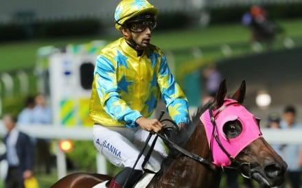 Alberto Sanna returns to scale after winning on Golden Kid on Wednesday night. Photo: Kenneth Chan