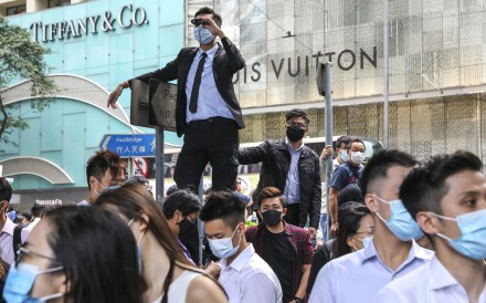 Luxury retailers are seeing booming sales in mainland as anti-government protests hurt tourist traffic in Hong Kong. Photo: K. Y. Cheng
