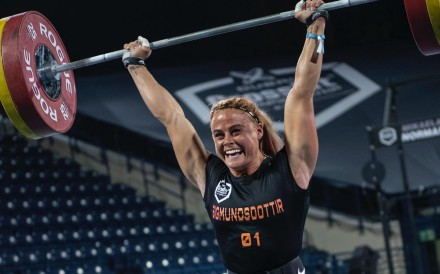 Sara Sigmundsdottir tied for first during day two of the Dubai CrossFit Championship. Photo: Dubai CrossFit Championship