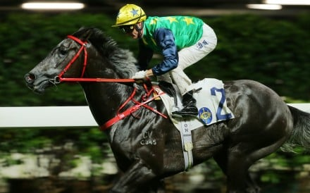 Zac Purton guides Reliable Team to victory at Happy Valley. Photos: Kenneth Chan