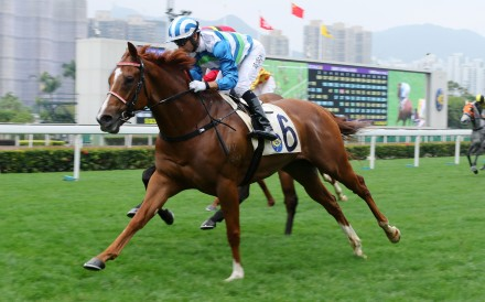 Voyage Warrior storms to victory at Sha Tin on Wednesday. Photos: Kenneth Chan