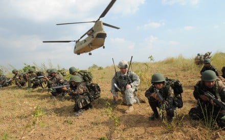 Philippine soldiers train with their US counterparts during an air assault exercise inside the military training camp of Fort Magsaysay in Nueva Ecija province north of Manila. Photo: AFP