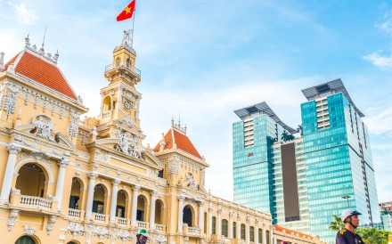 More retailers from abroad are racing to establish themselves in places like Ho Chi Minh City. Photo: Shutterstock