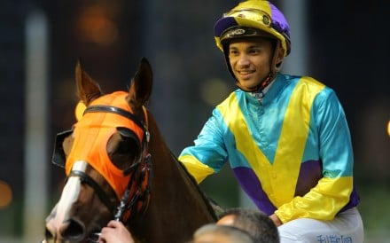 Grant van Niekerk rides Good For You to victory at Happy Valley. Photos: Kenneth Chan