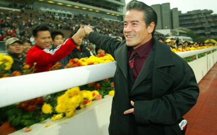 Tony Cruz celebrates his trio in the 2005 Centenary Sprint Cup. Photos: Kenneth Chan