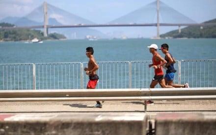 Wong Ho-chung during his epic 360km challenge around Hong Kong. Photos: Alan Li