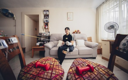 Paralympian fencer Alison Yu trains at home in Hong Kong. Photo: Brian Ching